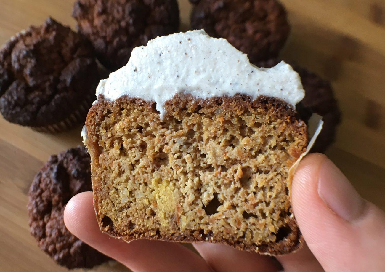Zitronen-Möhren Muffins mit Kokos-Frosting (Paleo, SCD)