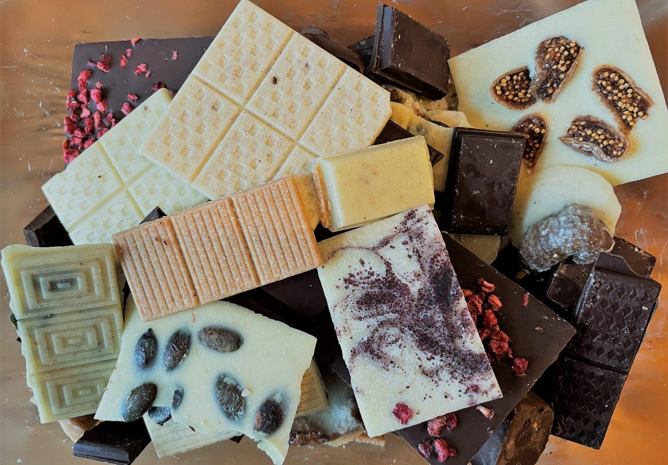 Weiße vegane und SCD 'Milch'schokolade